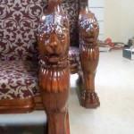 3D gefreesde leeuwen banken